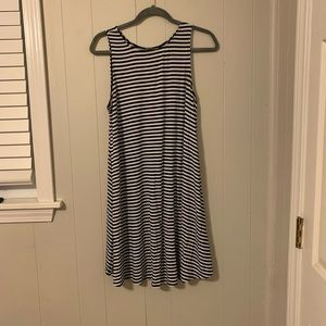 Black and White Stripped Dress Old Navy